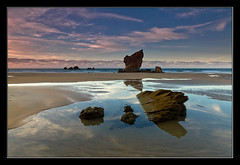 De roca en roca (Jespil) Tags: sunset sky espaa seascape beach water clouds marina reflections spain sand agua rocks asturias playa arena cielo nubes ocaso rocas reflejos murosdelnaln elaguilar canoneos7d mygearandme mygearandmepremium mygearandmebronze mygearandmesilver mygearandmegold mygearandmeplatinum mygearandmediamond rememberthatmomentlevel4 rememberthatmomentlevel1 rememberthatmomentlevel2 rememberthatmomentlevel3 rememberthatmomentlevel5