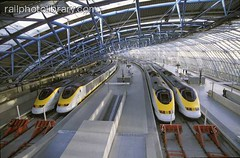 M999-00595 (railphotolibrary.com) Tags: railroad roof england english station train europe european eurostar britain many railway several international waterloo british platforms buffers uk1