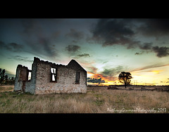 F i n e r D a y s (AnthonyGinmanPhotography) Tags: sunset ruin stmaryschurch bloodyold olympuse620 olympus1122mmf28 stmaryschurchgoulburn