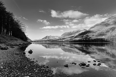 Buttermere with the fell Grasmoor in the distance (Simon0252) Tags: winter england lake reflection season lakedistrict cumbria fell buttermere