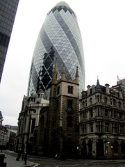 Medieval London hangs on (LindseyS2008) Tags: leadenhallmarket cityoflondon lloydsoflondon