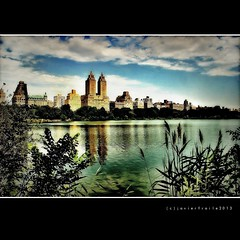 El Dorado, Twin Towers Central Park West NYC (.. jfraile (OFF busy)) Tags: apartamentos lujo apartment building newyorkcity ny nyc twotower torres twintowers eldorado centralpark jacquelinekennedyonassisreservoir embalse manhattan mygearandme mygearandmepremium mygearandmebronze mygearandmesilver mygearandmegold mygearandmeplatinum mygearandmediamond