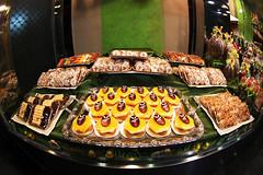 Pasteles (nerea_ele_eme) Tags: espaa y valladolid leon ricos dulces castilla pastelera pasteles
