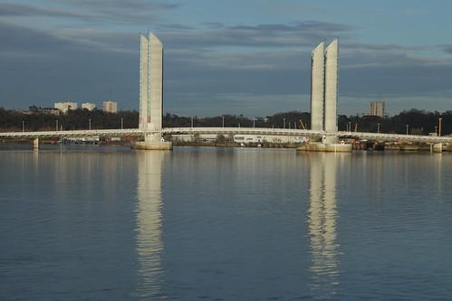 new bridge photo bordeaux picture tags pont nouveau garonne baba bastide chaban delmas bacalan