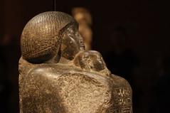 Statue of Benermerut and Princess Meryetamun (Tjflex2) Tags: seattle trip travel vacation usa holiday washington kings scuplture egyptian pharaoh gods kingtutexhibit
