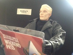 Spike goes to the Calgary Comic Expo (KatMcKool) Tags: jamesmarsters spike buffythevampireslayer calgarycomicexpo