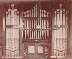The organ of an un-known Non Conformist Chapel. (Paul Gregson) Tags: church organ baptist methodist organist organconsole