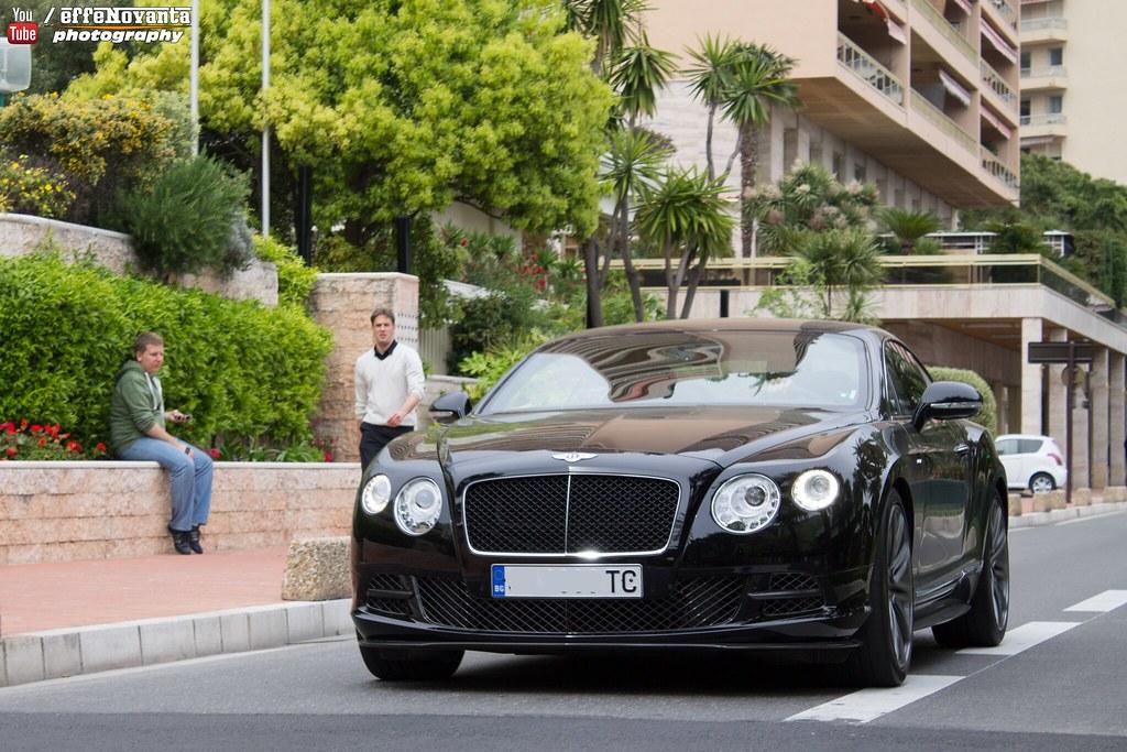 Photo of Dimitar Berbatov Bentley - car