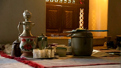 تحف أواني شاي حضرمية قديمة - Antiques old tea pots from Hadramout (Hussein.Alkhateeb) Tags: تحف أواني شاي حضرمية قديمة antiques old tea pots from hadramout