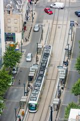 Nantes-Tour_de_Bretagne_vue_vers_Station_JeanJaures_TAN-Inspiro_Nr351_22072016 (giesen.torsten) Tags: nantes frankreich france paysdelaloire nikon tourdebretagne aussichtsplattform blickbernantes nikond810