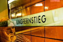 jungfernstieg // hamburg (Das halbrunde Zimmer) Tags: hamburg street streetphotography jungernstieg tube ubahn subway mirroring spiegelung urban urbanpoetry urbanporn urbanlife people