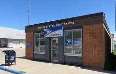 Post Office 56554 (Lake Park, Minnesota) (courthouselover) Tags: minnesota mn postoffices beckercounty lakepark