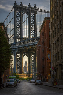 Brooklyn - Sunrise on the Manhattan Bridge
