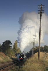 92203, A6 Road Bridge, GCR. (MickyB1949) Tags: sunshine train smoke steam standard loughborough preservation 2100 passengertrain greatcentralrailway gcr 92203 sandd somersetanddorsetrailway standardclass9