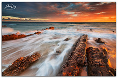 Bath of light (alonsodr) Tags: sunset beach atardecer andaluca seascapes sony playa filter puestadesol reverse alpha cdiz alonso tarifa graduated inverso marinas carlzeiss filtro degradado a900 alonsodr gnd8 alonsodaz alpha900 cz1635mm