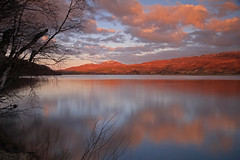 Loch A' Chuillin. (Gordie Broon.) Tags: longexposure trees sunset nature water clouds reflections landscape photography scotland spring scenery alba scenic escocia hills eveninglight schottland ecosse scozia scottishhighlands rossshire achnasheen achanalt lochluichart strathbran canoneos7d lochachuilinn gordiebroon
