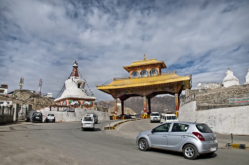 Gateway to Leh - The golden route to Tibet
