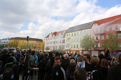 1.Mai 2013 Schneweide Antifa Aktion IMG_8808 (Thomas Rassloff) Tags: copyright berlin demo fotograf photographer thomas nazi protest picture pyramide rossi gegen aktion antifa sitzblockade schneweide 2013 rassloff
