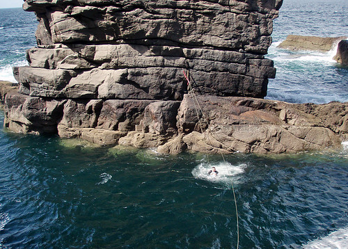 Bridging the gap on the Old Man of Stoer