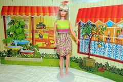 1967 Vintage Mod TNT Platinum Barbie in Mod Style Dress (The doll keeper) Tags: vintage mod barbie blonde 1967 tnt platinum moddress