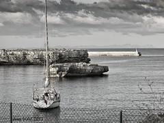 Passeig Martim Ciutadella (50josep) Tags: blackandwhite beach canon wb amanecer nubes otoo menorca biancoenero ciutadella whiteandblack 50josep geomenorca geomenorcaonlythebest