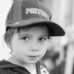 paul (xophe_g) Tags: hat portugal xt1 xf35mm blackandwhite portrait 1x1 boy