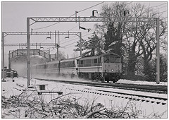 The wrong kind of Snow. (geoff7918) Tags: 86255 berkswell 1348 birmingham euston dvt