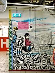 Rotterdam Street art (Akbar Sim) Tags: rotterdam roffa rotjeknor holland nederland netherlands streetart stencil stencilart worm akbarsim akbar simonse