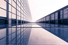[From the Series: 36 hours in Frankfurt] (Thomas Bonfert) Tags: architecture reflections symmetry lines frankfurt