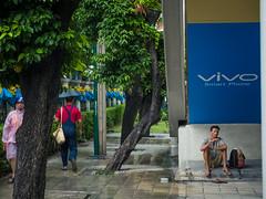 DSCF5935 (manuzirnheld) Tags: bangkok madmax traffic bts fujix20 fujifilm ratchaprasong victorymonument