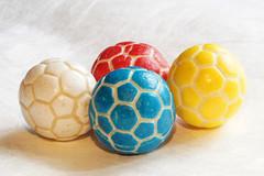 Foot Balls Bubble Gum - Explore 19.09.2016 (ingrid eulenfan) Tags: macromondays macro makro footballsbubblegum sweetspotsquared kaugummi ball sweet sweetness ssigkeiten ss sonyilcaalpha77ii 90mm makroobjektivtamronsp90mmf28