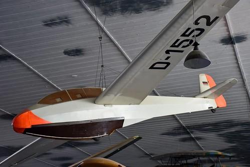 D-1552 - Glaser-Dirks DG.100G Elan   Merseburg