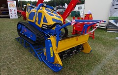 Flailbot (stevenbrandist) Tags: machine remotecontrol yellow blue red thegamefair cutter flail