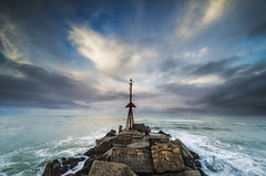 North Mole (Nick Twyford) Tags: sea newzealand seascape clouds sunrise nikon rocks waves wideangle nz northisland westcoast wanganui whanganui earlymorninglight colourimage nothdr leefilters 1024mm d7000 lee06gndhard lee06gndsoft
