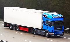 Scania 164 DH03 AEJ (gylesnikki) Tags: blue truck scotland scottish artic huntertransport