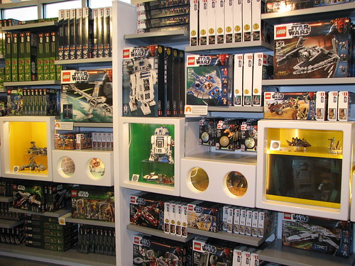 Star Wars wall at the Downtown Disney Marketplace Lego Store - a ...
