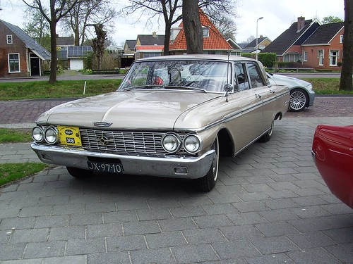 1963 Ford Galaxie 500 sedan