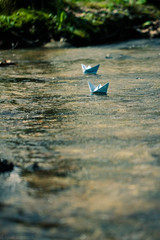 origami boats (Kilkennycat) Tags: water sailboat creek canon toy boat model origami sail 500d kilkennycat t1i ryanconners 100mm28l