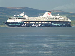 Mein Schiff departs Greenock on the Clyde (westernsmt) Tags: river scotland clyde may mein schiff tui inverclyde 2013