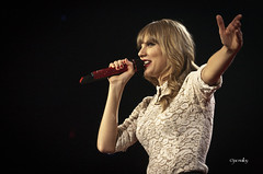 TS_13 (jac malloy) Tags: world red music usa austin frank photo flickr texas tour tx capital center entertainment capitol photograph taylor swift erwin atx jac malloy austinist redtour frankerwincenter 2013 livemusiccapitaloftheworld taylorswift livemusiccapitoloftheworld redtour2013