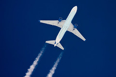D-ABUC (jpro747) Tags: above blue sky up plane airplane contrail close aircraft aviation aeroplane aerial trail telescope boeing condor overhead vapour airliner 767 dobsonian 2400mm
