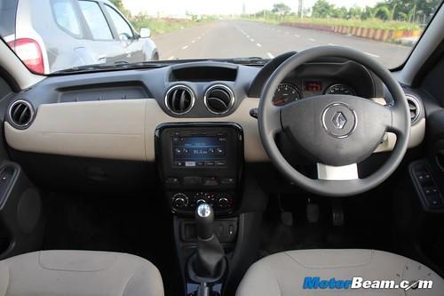 Renault-Duster-vs-Nissan-Terrano-11