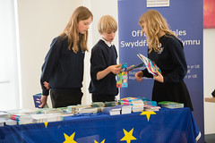 SpellingBeeFinal2016_km166 (routesintolanguages) Tags: uk wales kids modern competition aberystwyth using learning spelling welsh language foreign schoolkids talking schoolgirl schoolgirls pupil speaking vocabulary pupils spellingbee 2016 year7 europeaan wjec schoolkind langiages medrus