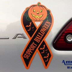 Support Halloween (the ghost in you) Tags: halloween halloweenstore horror october fall autumn supporthalloween pumpkin