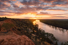 Murray River Sunset (Trevor Tutt) Tags: paringa southaustralia renmark murrayriver river sun sunset sky clouds colour cliffs light trevortutt sony a7r2