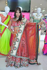 South Actress SANJJANAA Photos Set-4 (2)