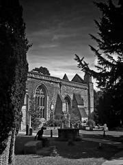 Statue of St. Edmund, Oxford (MartinAllison) Tags: statue oxford edmund england st hall adingdon college c902 sony