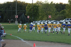 1312 (bubbaonthenet) Tags: 09292016 game stma community 4th grade youth football team 2 5 education tackle 4 blue vs 3 gold