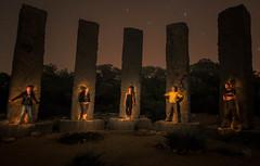 Lights are coming... (samurifu) Tags: nightphotography iluminacionselectiva nocturna grupo calallentia linterna