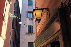 Venezia (mountainbogy) Tags: venezia venice italia italy houses lamp colors street restaurant vino wine veneto